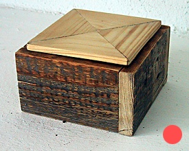 Caja madera maciza