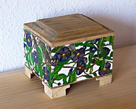 Caja cofre solano de flor azul